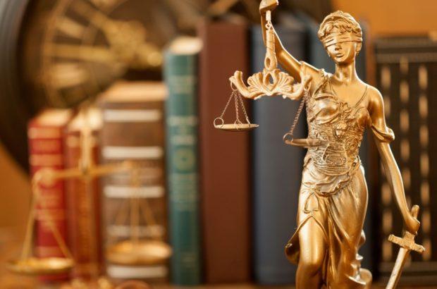 تأثیر مشاوره حقوقی املاک در خرید و فروش