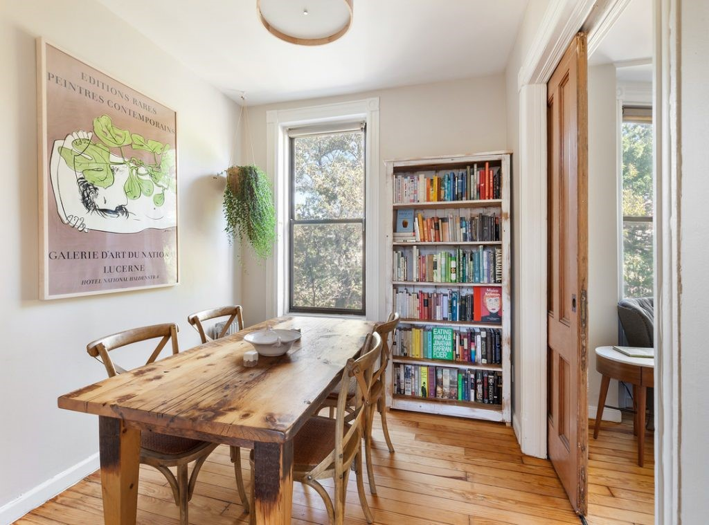 فروش آپارتمان با تغییرات کوچک